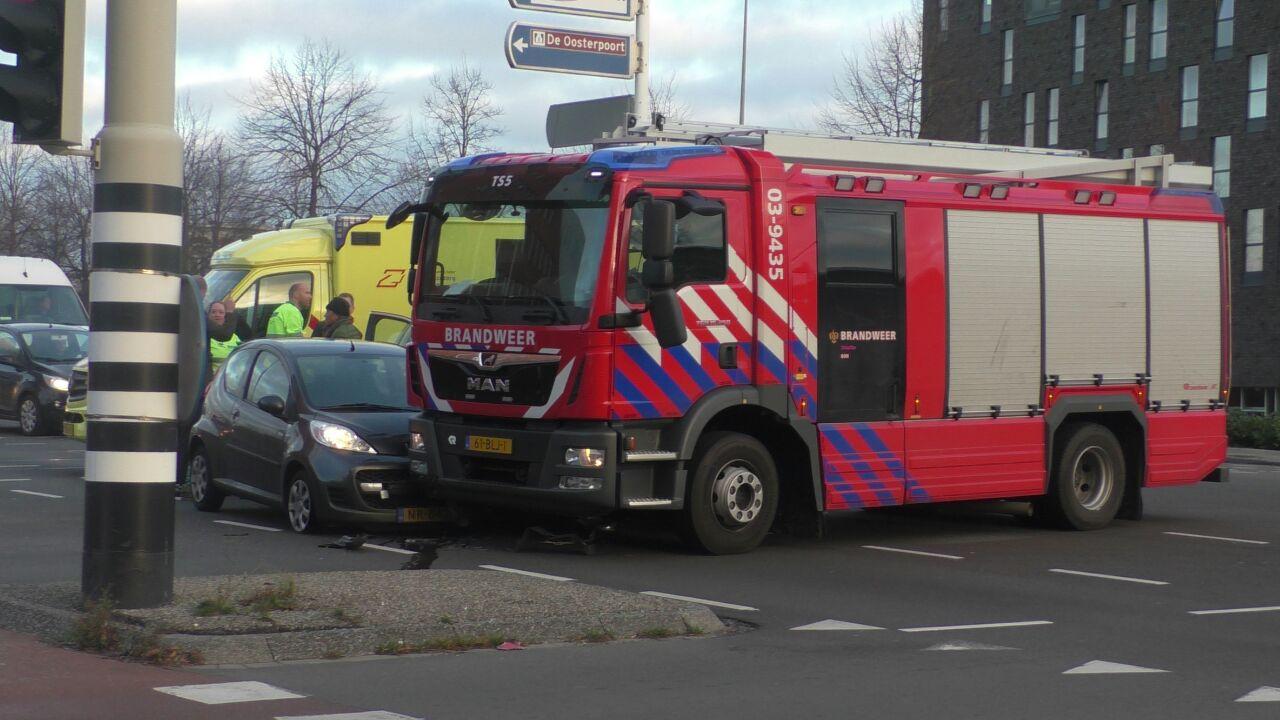 Brandweer Voertuig raakt betrokken bij aanrijding in de Stad Groningen