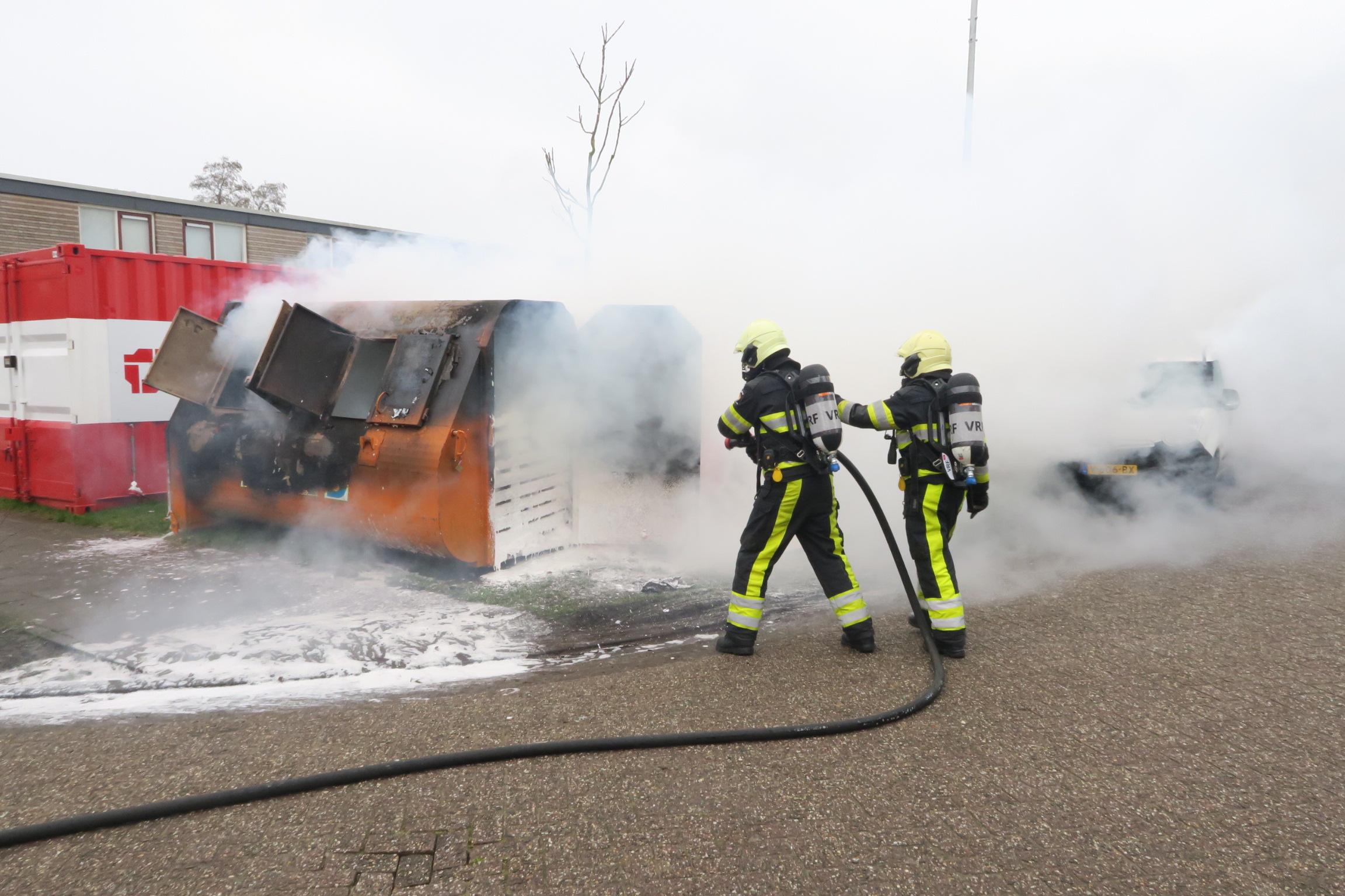 Flinke Rookontwikkeling bij containerbrand in Drachten