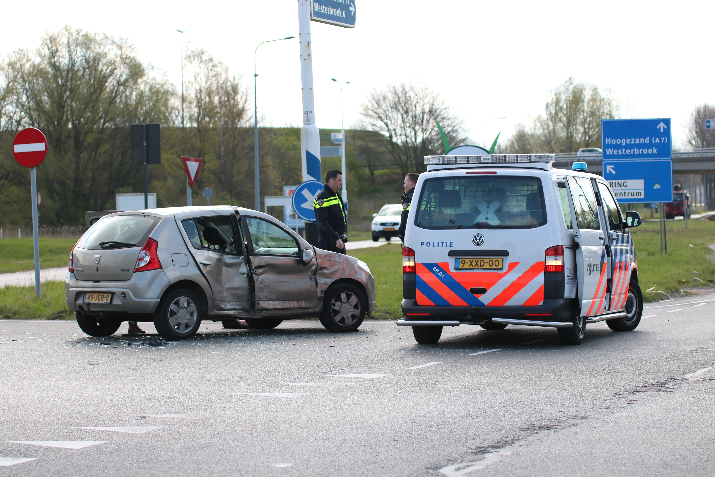 Vrachtwagen in Botsing met Auto Flinke schade in Groningen