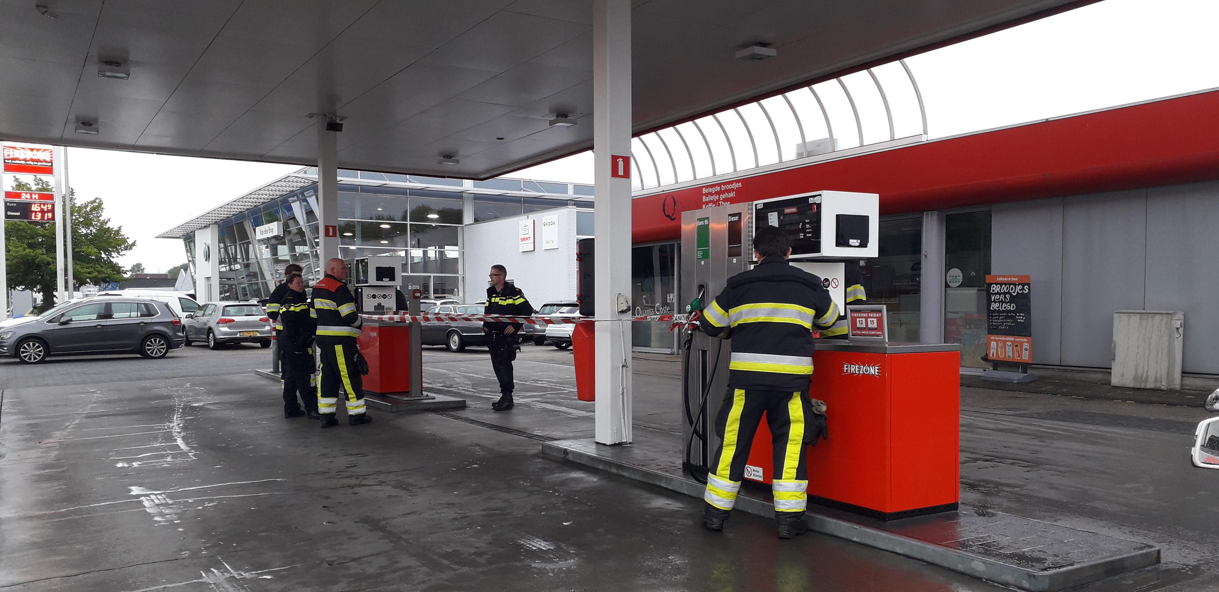 Tankstation afgesloten wegens brandstoflekkage in Drachten