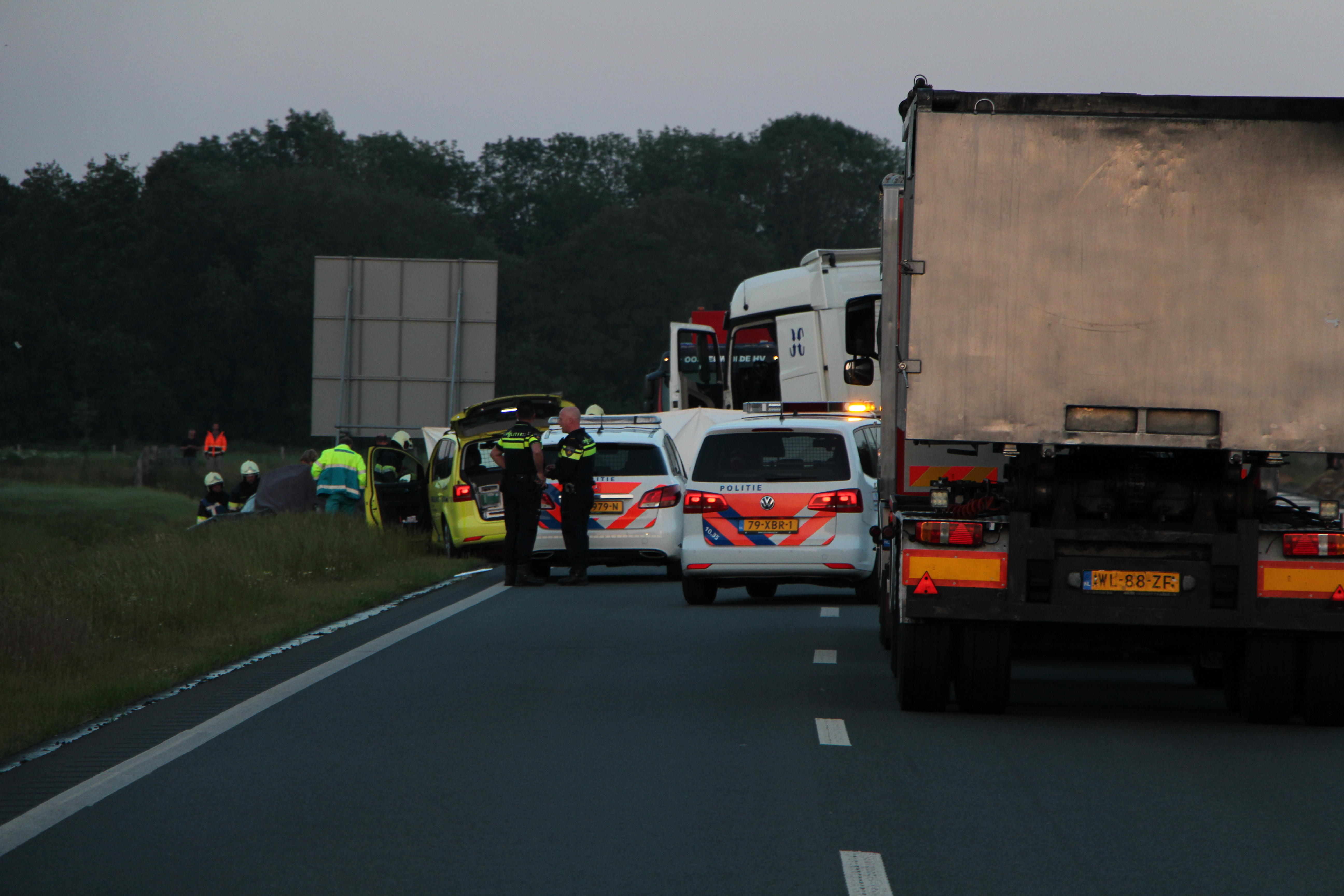 Bestuurder komt om het leven bij ernstige verkeersongeval bij Oosterwolde