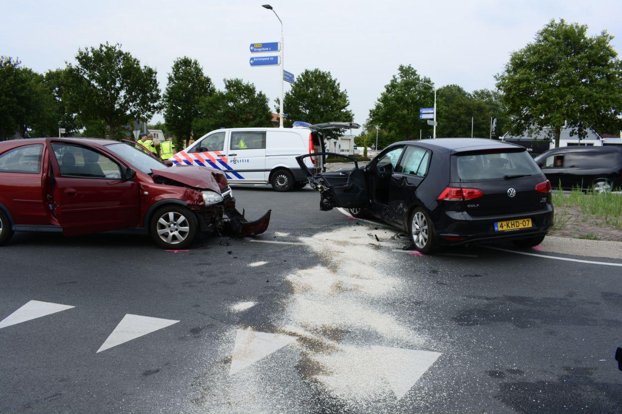 Gewonden bij verkeersongeval op de kruising bij de Harkema