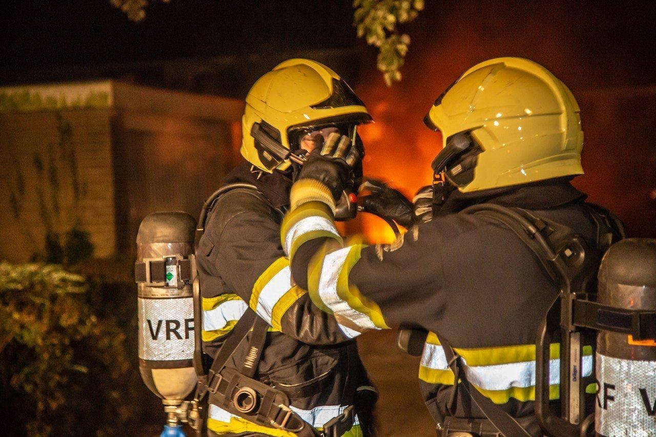 Bovenverdieping verwoest na grote uitslaande brand in Bolsward