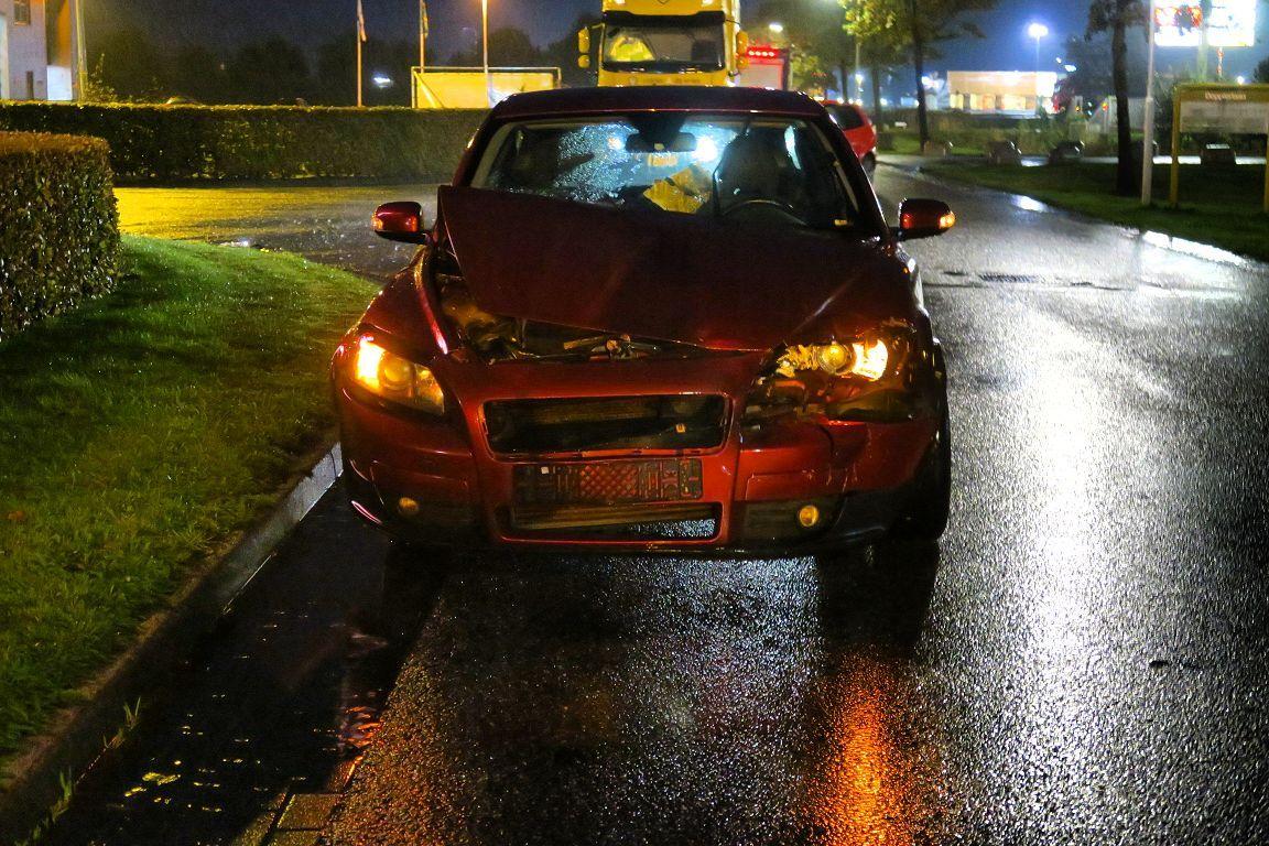 Auto loopt flinke schade op na Aanrijding met Vrachtwagen