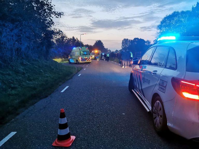 Fietser raakt ernstig  gewond na aanrijding met Auto in Kollumerzwaag