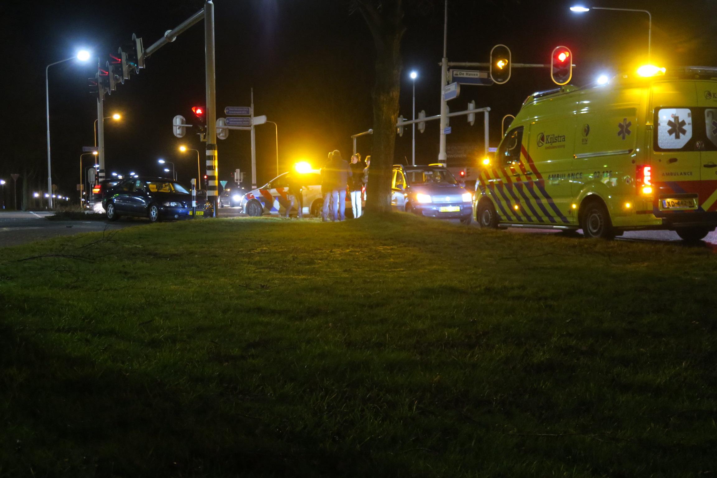 Bestuurder raakt gewond na eenzijdig ongeval in Drachten