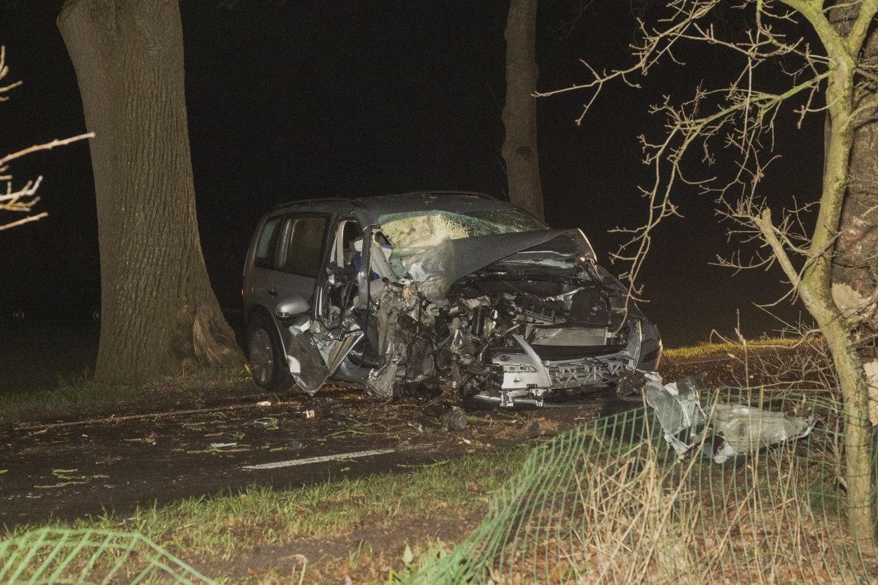 Bestuurder komt met de schrik vrij na eenzijdig ongeval in Frieschepalen