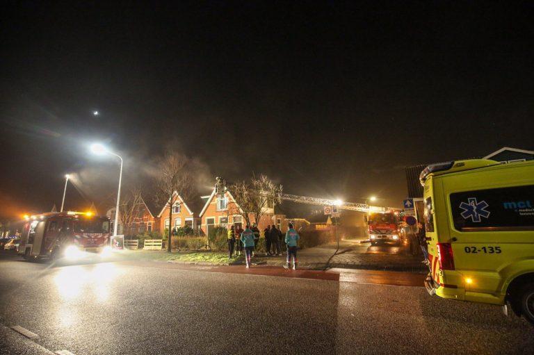woning aan de Zuiderdwarsvaart in Drachten beschadigd na brand