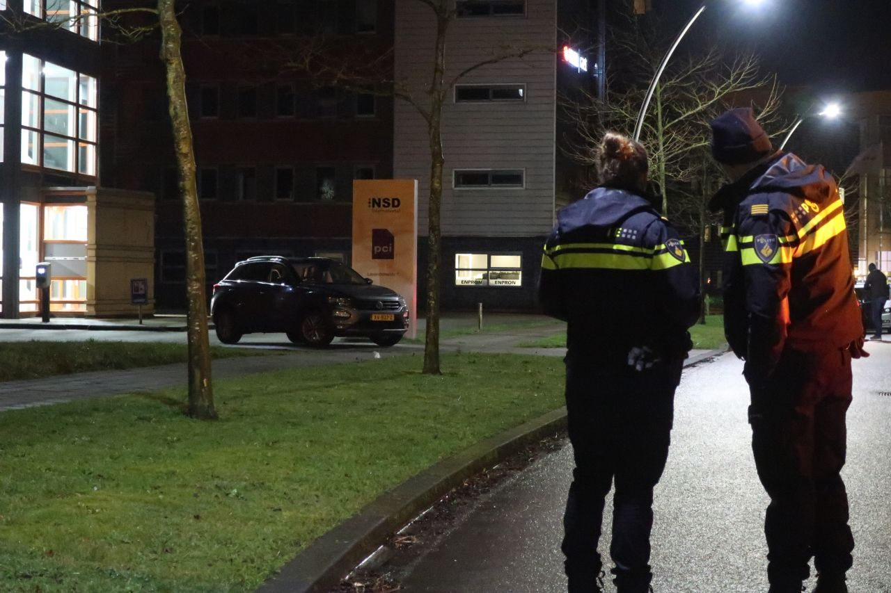 Video update: Inzet Arrestatieteam in Drachten verdachte raakt gewond