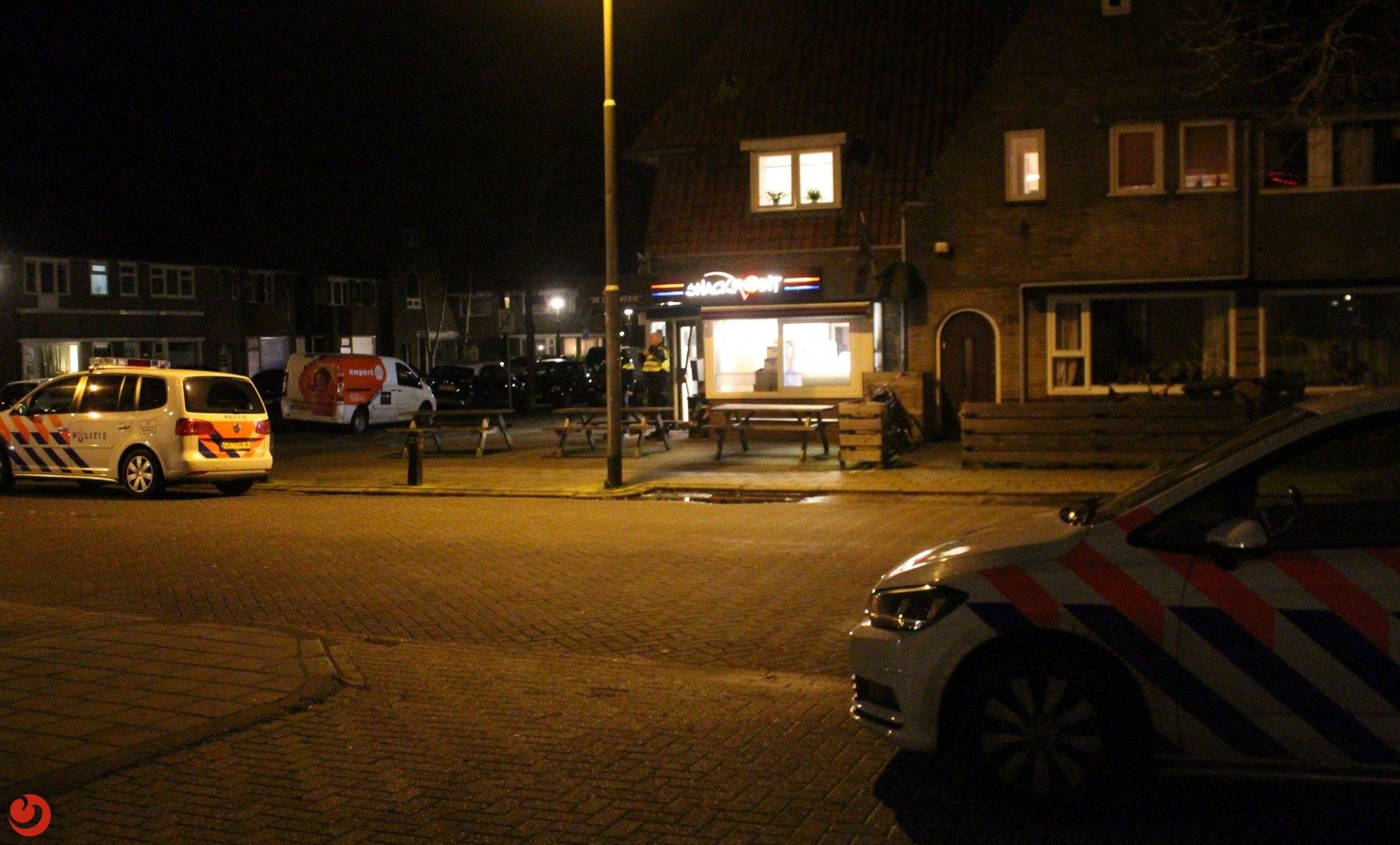 Overvaller bedreigd snackbar medewerkers in Leeuwarden met een Mes