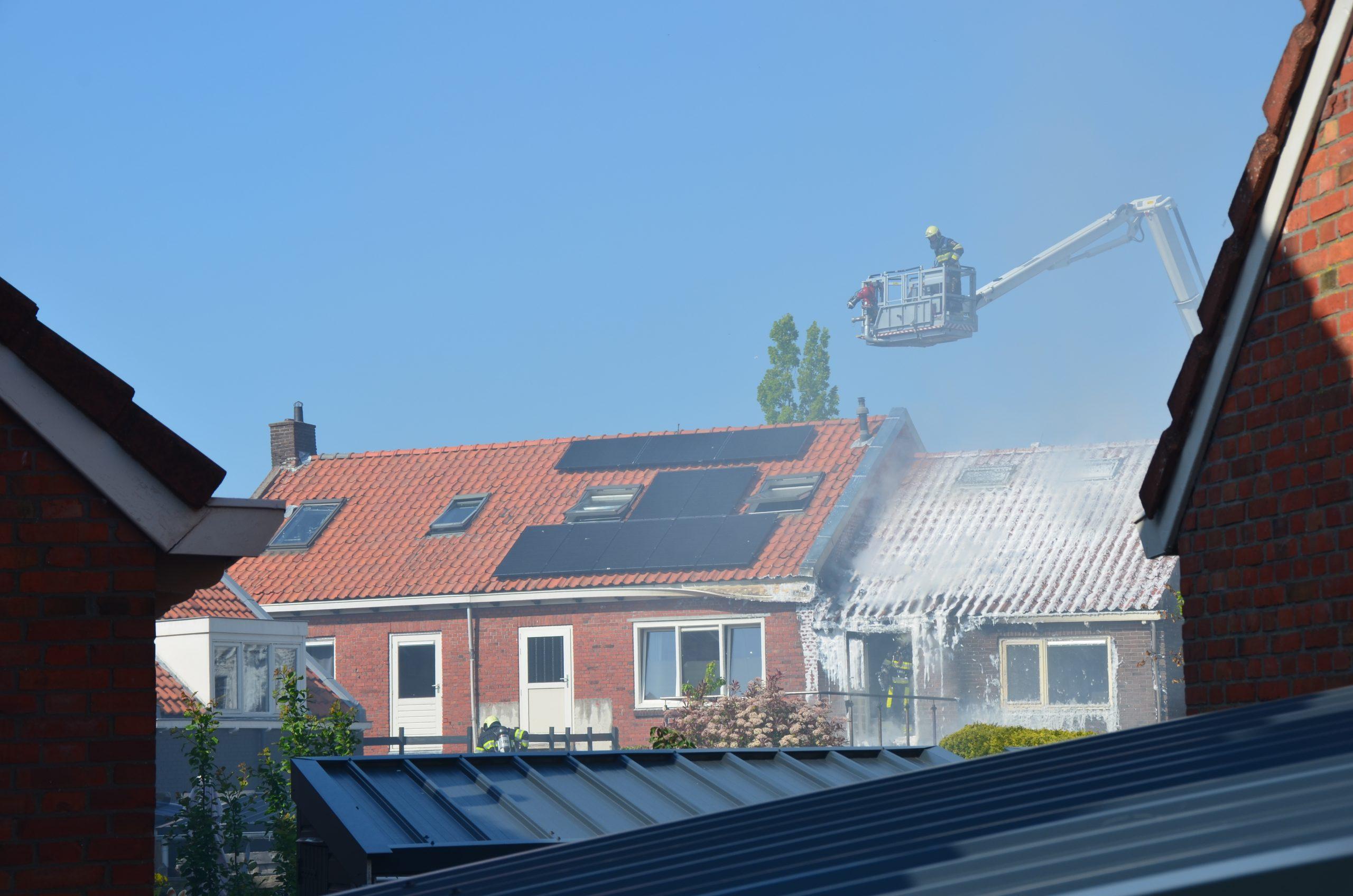 Flinke Rookontwikkeling bij woning brand in Leeuwarden
