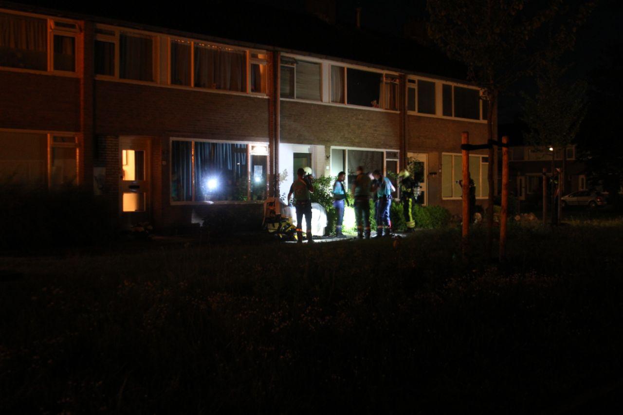 Video Bewoner door brandweer op tijd uit woning gehaald
