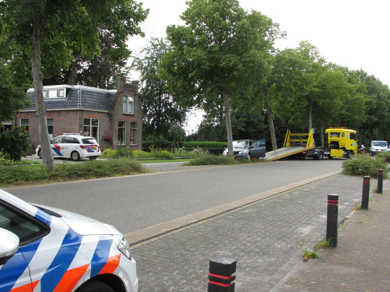Scooterrijder slaat op de vlucht na aanrijding bij Oudehaske