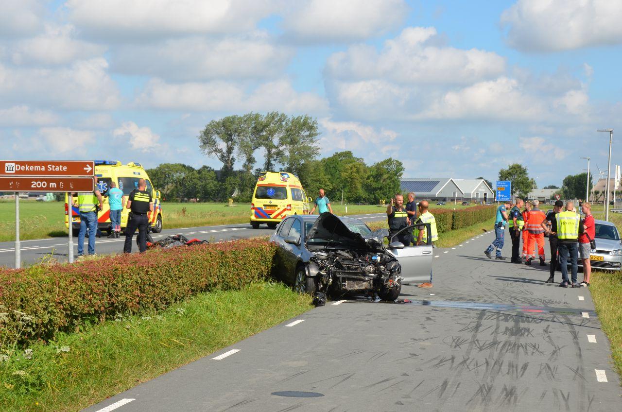 Motorrijder overleden na aanrijding met auto bij Jelsum