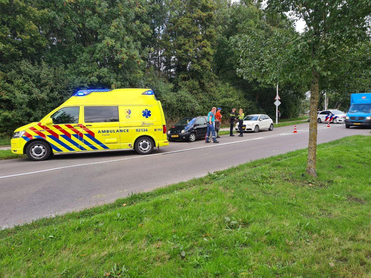 Fietser gewond na aanrijding met Auto op de oversteekplaats op de Oprijlaan in Drachten