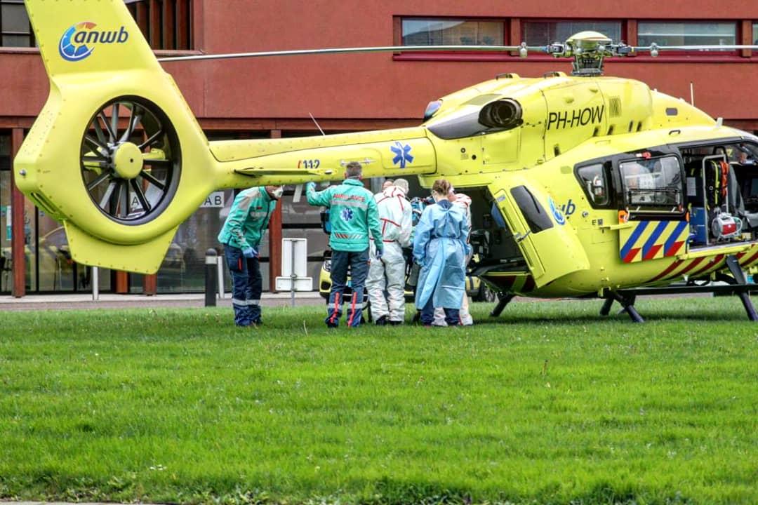 Ic-patiënt van Rotterdam naar Nij Smellinghe ziekenhuis in Drachten vervoerd per heli