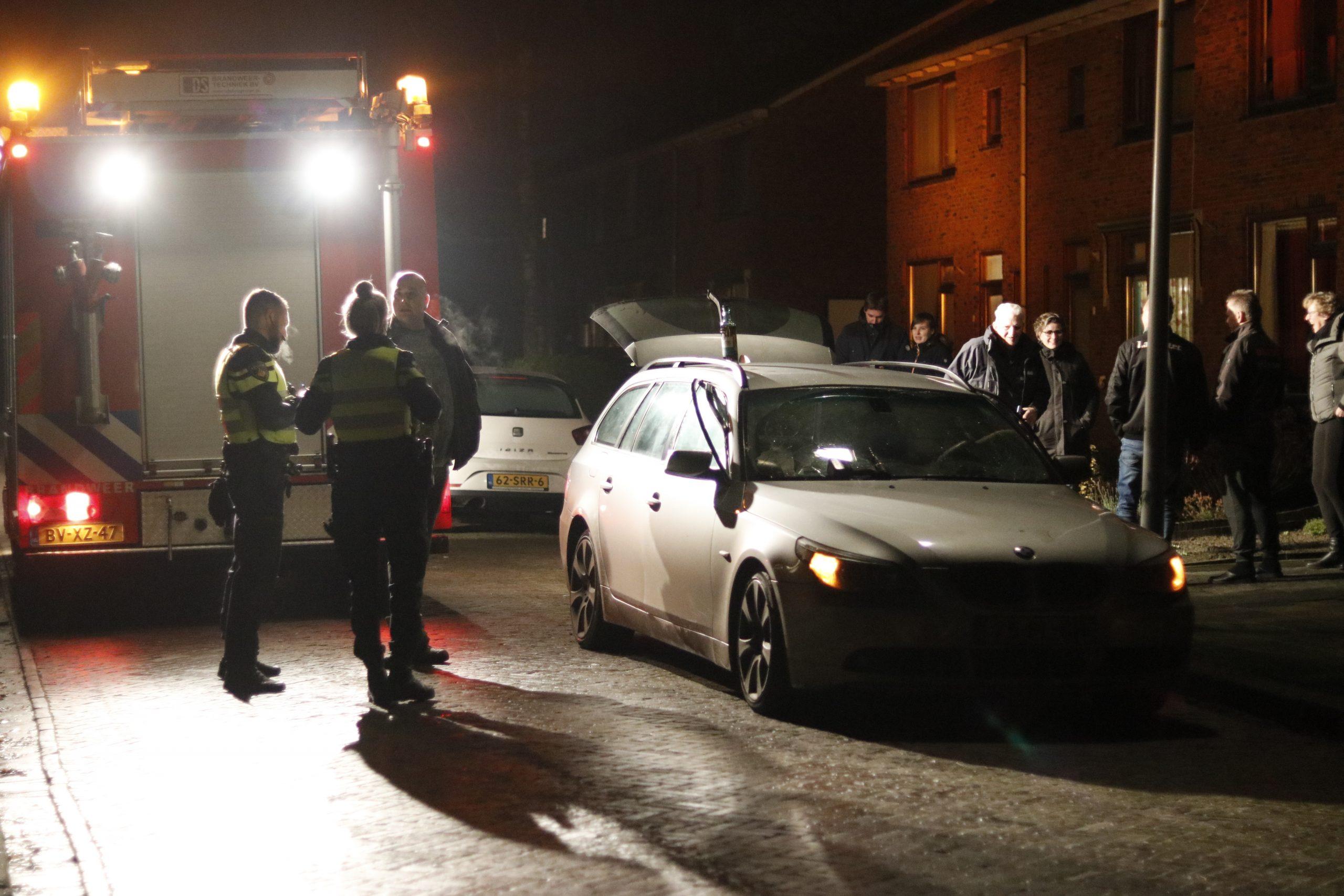 BMW zwaar beschadigd na vuurwerk in Twijzelerheide