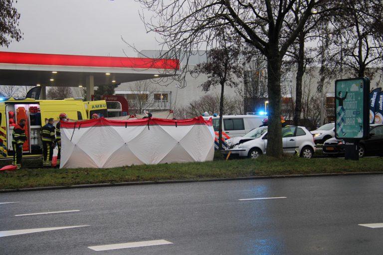 Bestuurster raakt Ernstig gewond bij een ongeval op de Aldlânsdyk in Leeuwarden