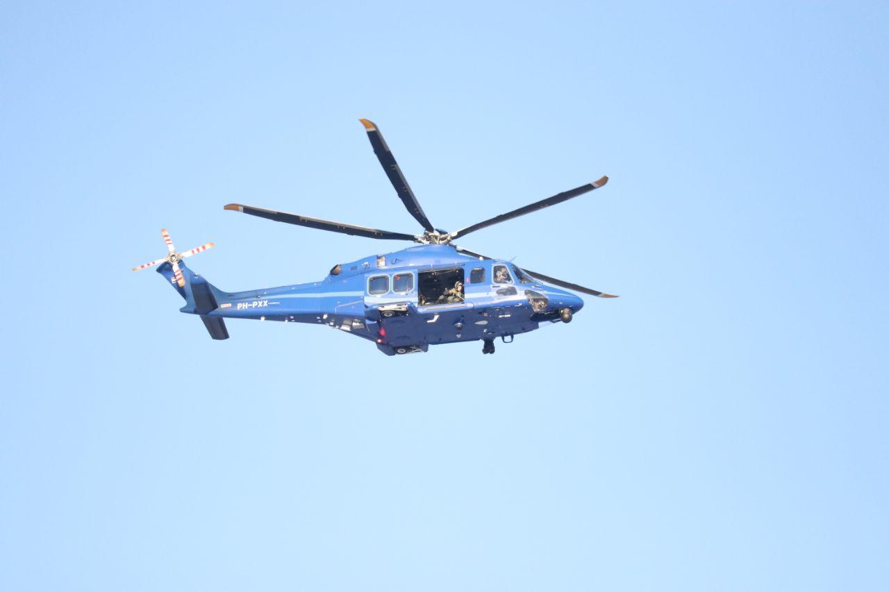Update DSi en politiehelikopter ingezet na verward persoon met nep wapen aangehouden in kollum