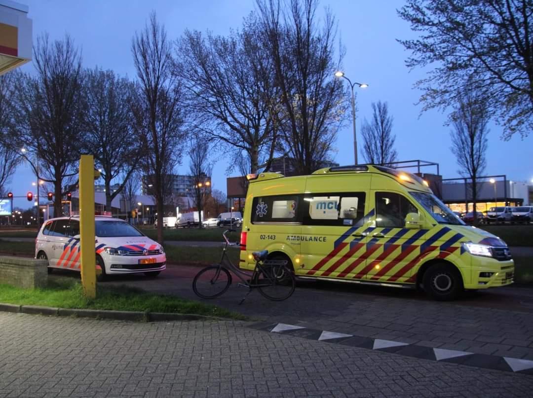 Scooterrijder raakt gewond na aanrijding met auto