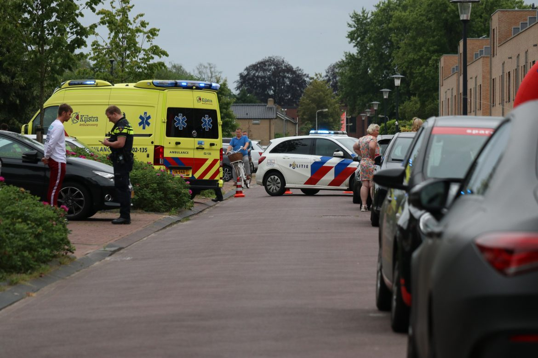5 jarige kindje loopt hoofd letsel op bij aanrijding met auto in Drachten