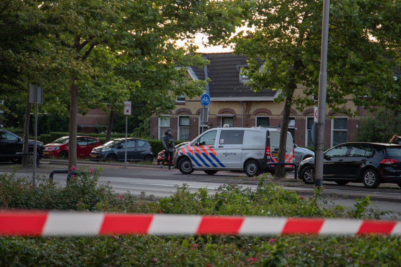40-jarige Leeuwarder had een nep wapen bij zich wordt gewond overgebracht naar Ziekenhuis
